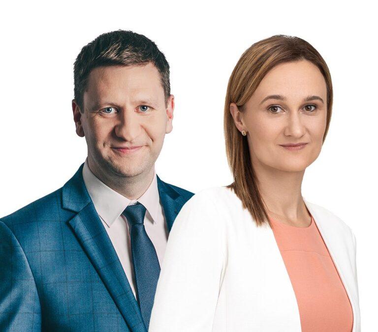 Viktorija Čmilytė-Nielsen su Simonu Kairiu