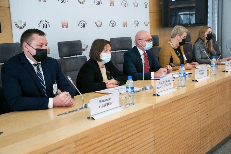 Armino Lydekos spaudos konferencija_(Seimo kanceliarijos nuotrauka, aut. – Dž. G. Barysaitė)